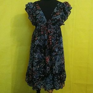 H&M Beautiful Abstract Floral Design Dress!